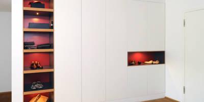 Flurschrank - Einbauschrank:   von Daniel Renken 'gestaltung + innenausbau'