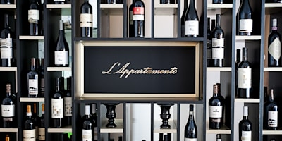 Restaurant L'Appartamento :  de style  par Unlimited Design Lab