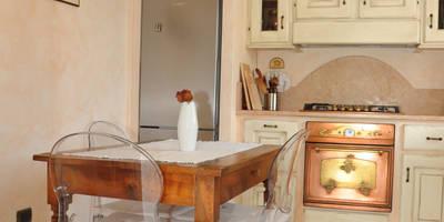 modern Kitchen by L'Antica s.a.s.