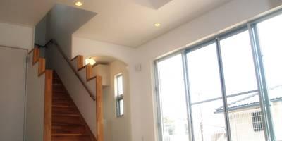 施工事例 - 9 : 階段、手すり: 株式会社青空設計が手掛けた階段です。