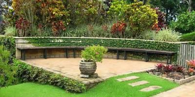 Jardines de estilo  por Bizzarri Pedras