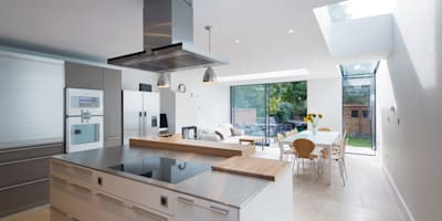 Rear and Loft Extension, Oxford Town Centre: modern Kitchen by HollandGreen