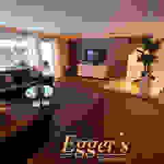 Salas de estilo ecléctico de Egger`s Einrichten Ecléctico