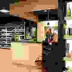 Theke zu Weinverkostung Ausgefallene Ladenflächen von hysenbergh GmbH | Raumkonzepte Duesseldorf Ausgefallen