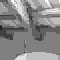 Bertolone+Plazzogna Architetti BathroomBathtubs & showers