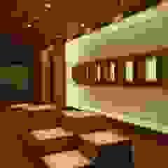 Ernesto Fusco Geschäftsräume & Stores Glas Weiß