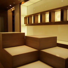 Ernesto Fusco Geschäftsräume & Stores Holz Holznachbildung