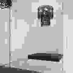 Casa M Spogliatoio moderno di monovolume architecture + design Moderno
