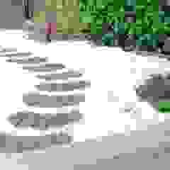 by paisajistas y jardineros Asian Stone