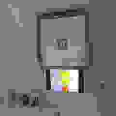 Mirror and TV mounted de DECOLIFT Clásico