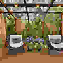 Balcones y terrazas rústicos de Bender Arquitetura Rústico