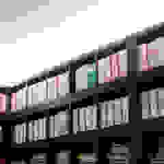 Archivio Studio moderno di BRENSO Architecture & Design Moderno