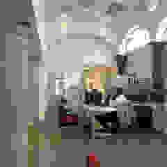 Koloniale kantoorgebouwen van Mezzanine Arquitectura Koloniaal