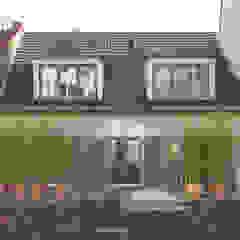 Leipziger Straße 19 Balkon, Veranda & Terrasse von THOMAS GRÜNINGER ARCHITEKTEN BDA