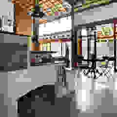 Maisons rustiques par Bianka Mugnatto Design de Interiores Rustique