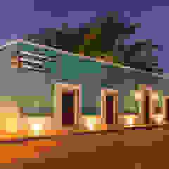Edifícios comerciais coloniais por Grupo Arsciniest Colonial