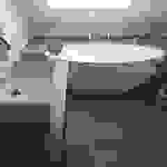 Einbau-Dokumentation eines Badeloft-Kunden anhand der freistehenden Badewanne BW-04 Moderne Badezimmer von Badeloft GmbH - Hersteller von Badewannen und Waschbecken in Berlin Modern