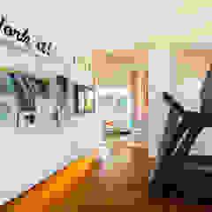 International Prop Award Winner-Best Interior Design Singapore 2013 Fitness colonial por Design Intervention Colonial