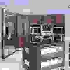 Modern Walnut Kitchen Island par Kitchens Continental Ltd Moderne