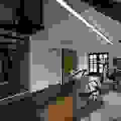 Ruang Olahraga Gaya Country Oleh KleurInKleur interieur & architectuur Country