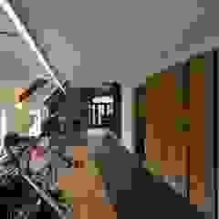 من KleurInKleur interieur & architectuur بلدي