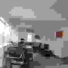 atelier blur / georges hung architecte d.p.l.g. Minimalist living room
