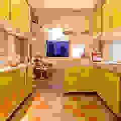 Ausgefallene Küchen von Zoom Urbanismo Arquitetura e Design Ausgefallen