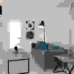 Home Staging - Dachgeschosswohnung in Duisburg Industriale Wohnzimmer von raum² - wir machen wohnen Industrial