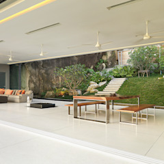 Villa Amanzi Modern dining room by Original Vision Modern