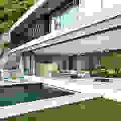 Villa Amanzi Modern pool by Original Vision Modern