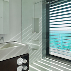 Villa Amanzi Modern bathroom by Original Vision Modern