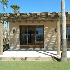 Tropical style windows & doors by Multivi Tropical