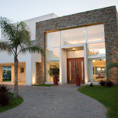 Metamorfosis arquitectònica: viejo espacio/nuevo uso Casas modernas: Ideas, imágenes y decoración de LEBEL Moderno
