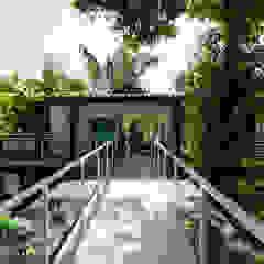 Moderne Häuser von Caramelo Arquitetos Associados Modern