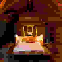 Egzotyczna sypialnia od Mareines+Patalano Arquitetura Egzotyczny