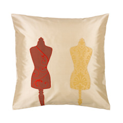 Vintage Couture Silk Cushion: classic  by Le Cocon, Classic