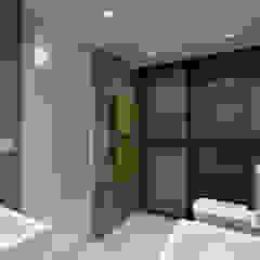 LT's RESIDENCE Minimalist style bathroom by arctitudesign Minimalist