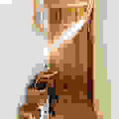 田村の家 ミニマルスタイルの 玄関&廊下&階段 の Sola sekkei koubou ミニマル