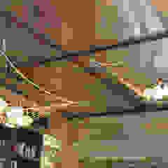 Lounge do Hotel Casa Cor Rio 2012 Paredes e pisos clássicos por Gisele Taranto Arquitetura Clássico