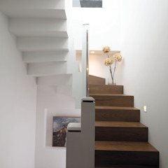 Shyam House Renovation Area-17 Architecture & Interiors Modern houses