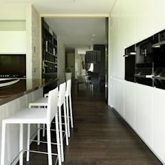Cuisine moderne par Studio d'Architettura MIRKO VARISCHI Moderne