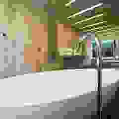 Bathroom: modern  by BACA Architects, Modern