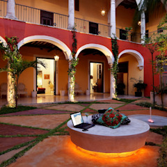 Eclectic style hotels by Taller Estilo Arquitectura Eclectic