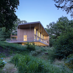Red Bridge House by Smerin Architects