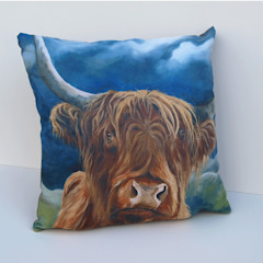 'Over the hills'-cushion: modern  by Thuline, Studio-Gallery, Modern