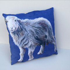 'I'm young'-cushion: modern  by Thuline, Studio-Gallery, Modern