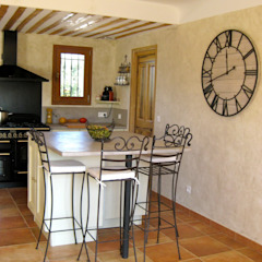 B.Inside ห้องครัว
