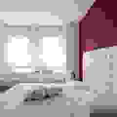 Minimalist bedroom by SANSON ARCHITETTI Minimalist