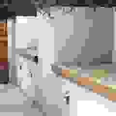 Built in seating by Rae Wilkinson Rae Wilkinson Design Ltd Modern Garden