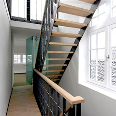 인더스트리얼 복도, 현관 & 계단 by Archivice Architektenburo 인더스트리얼